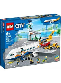 Конструктор LEGO City 60262 Пассажирский самолёт
